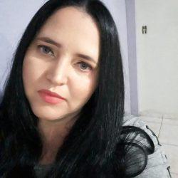 Corpo de servidora vítima da Covid-19 é trocado e família faz cortejo com outro