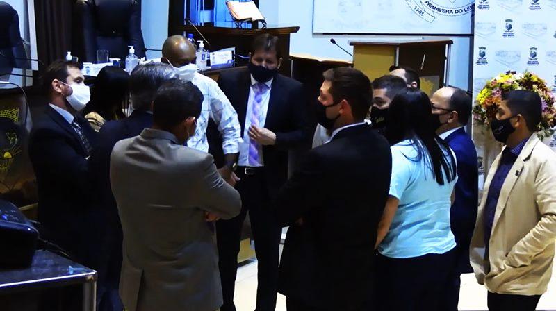 Por maioria dos votos, comissão processante é aberta e vereador Luis Costa será investigado por quebra de decoro parlamentar
